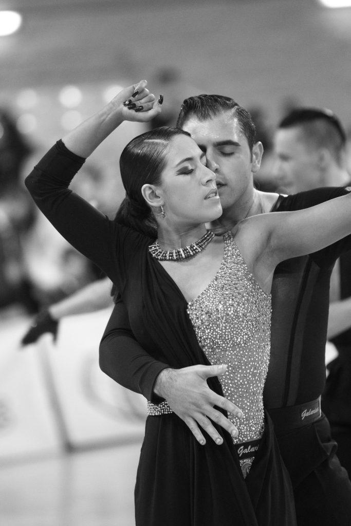 baile deportivo latino